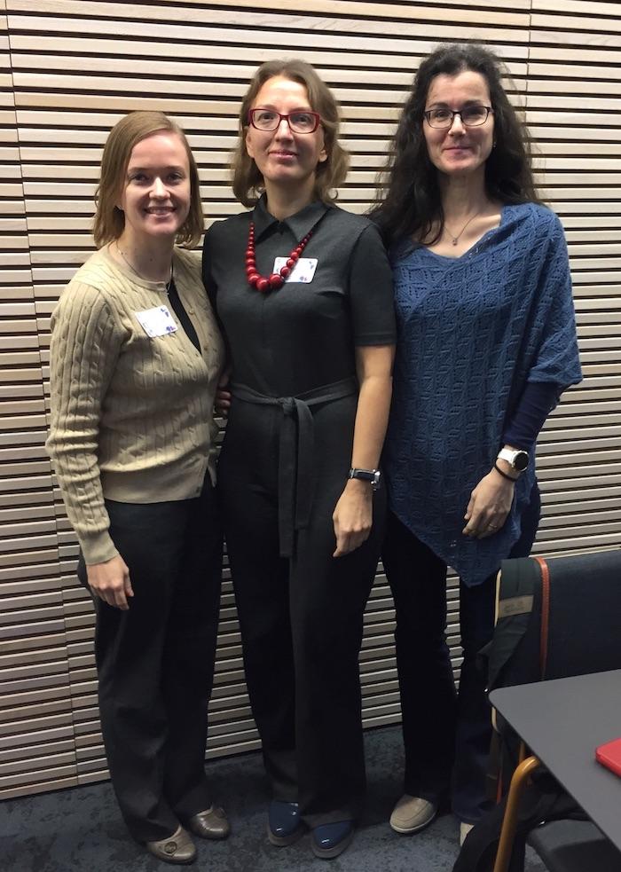 Tuulia Hautakoski, Larissa Aksinovits ja Monika Haanpää POE:n syysseminaarissa 25.10.2019